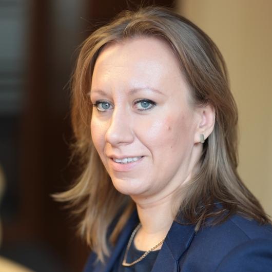 dr hab Anna Staniszewska