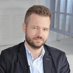 dr hab Dominik Olejniczak