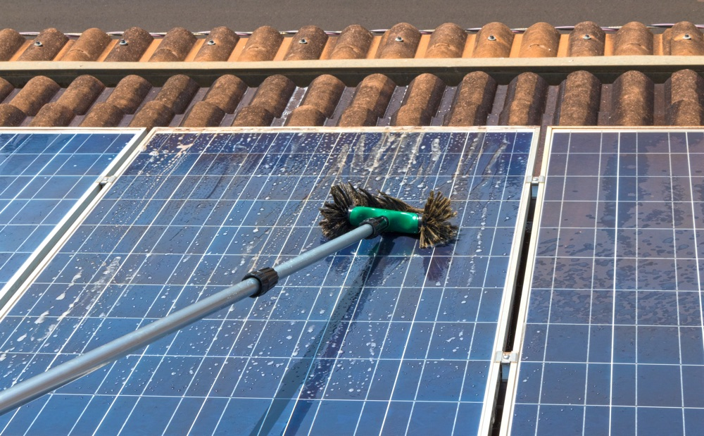 solar panel cleaning a home in bellingham