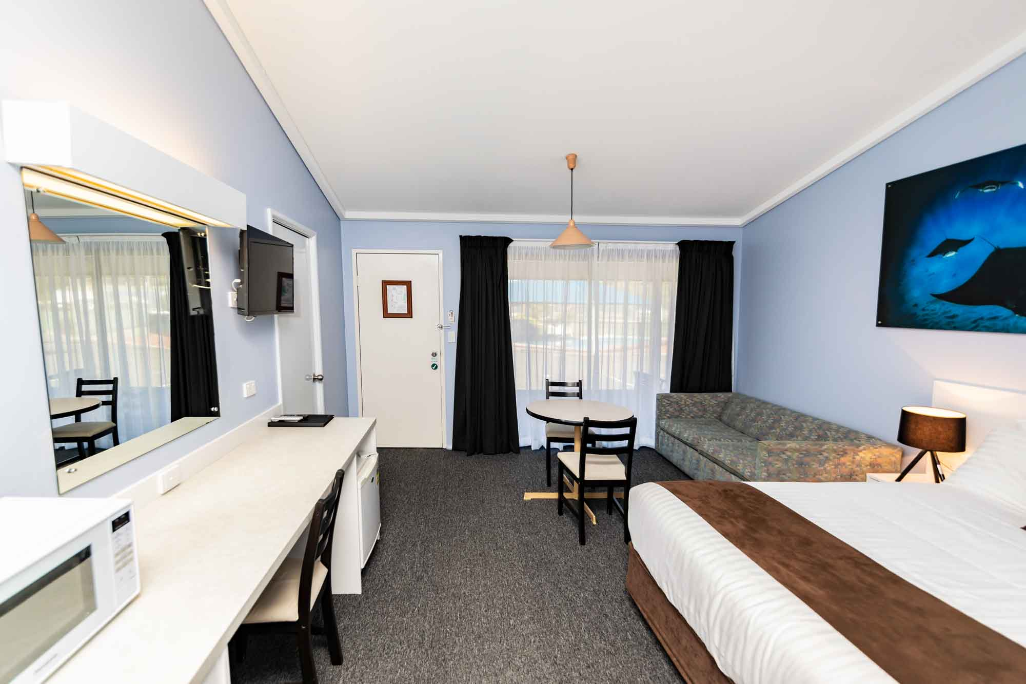 Bay Hotel Motel Deluxe Room