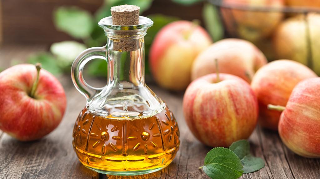 Giấm táo chữa bệnh sùi mào gà tại nhà