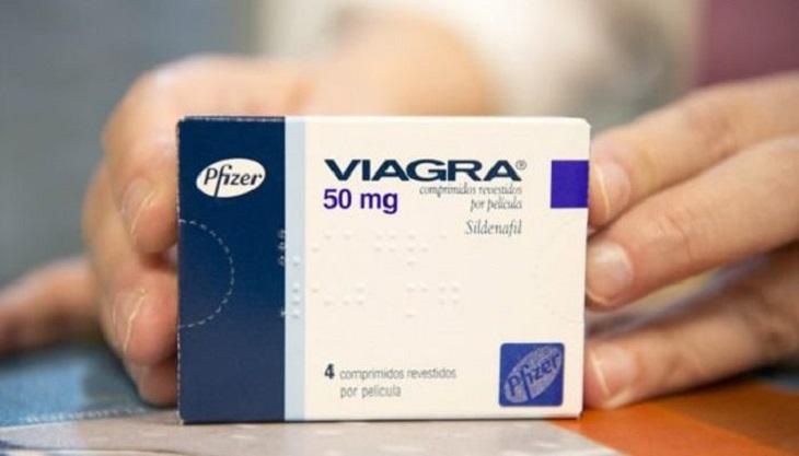 Nam giới cần dùng thuốc đều đặn song song với chế độ nghỉ ngơi, dinh dưỡng khoa học