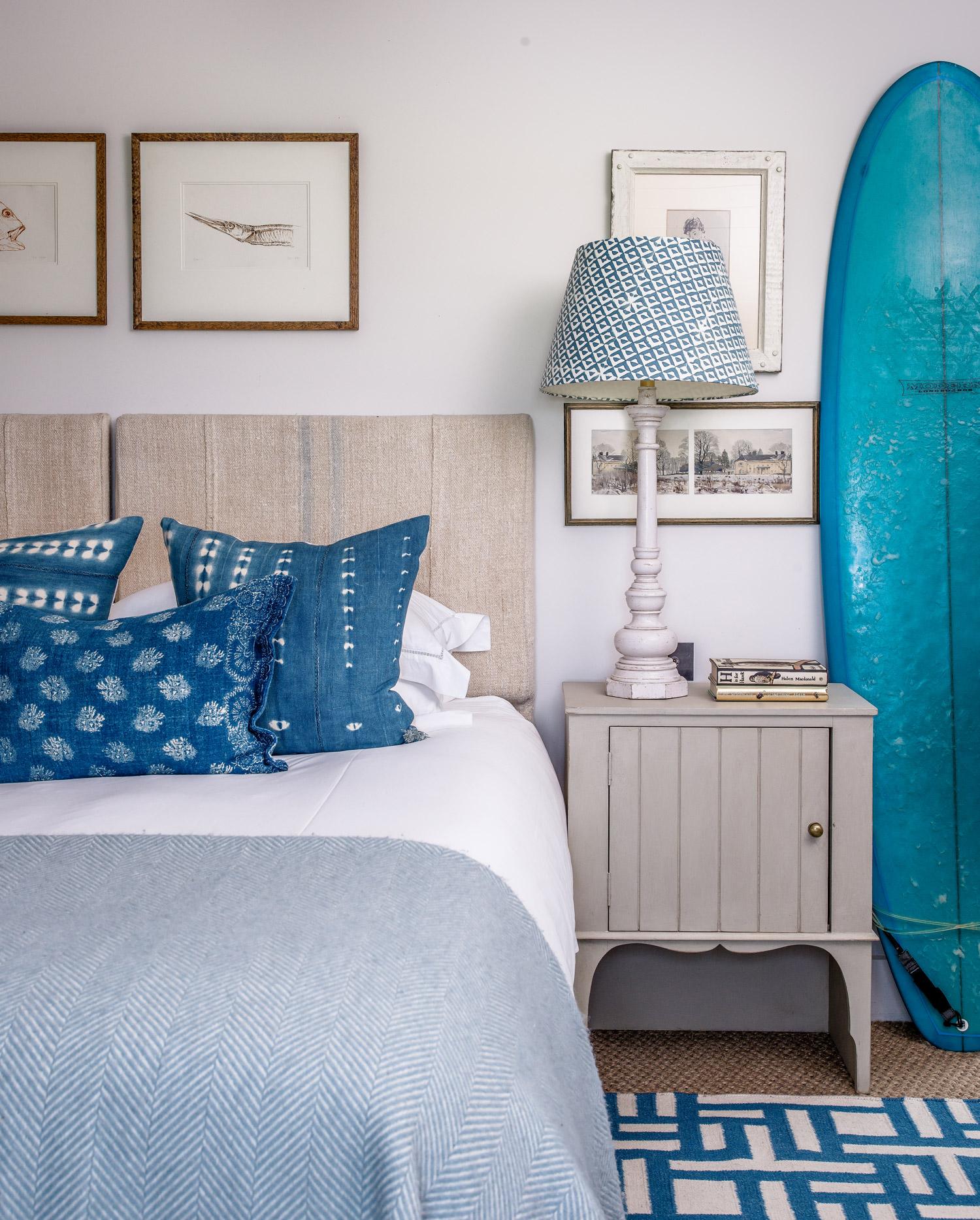 Surfer's bedroom – interior design by Eadie & Crole
