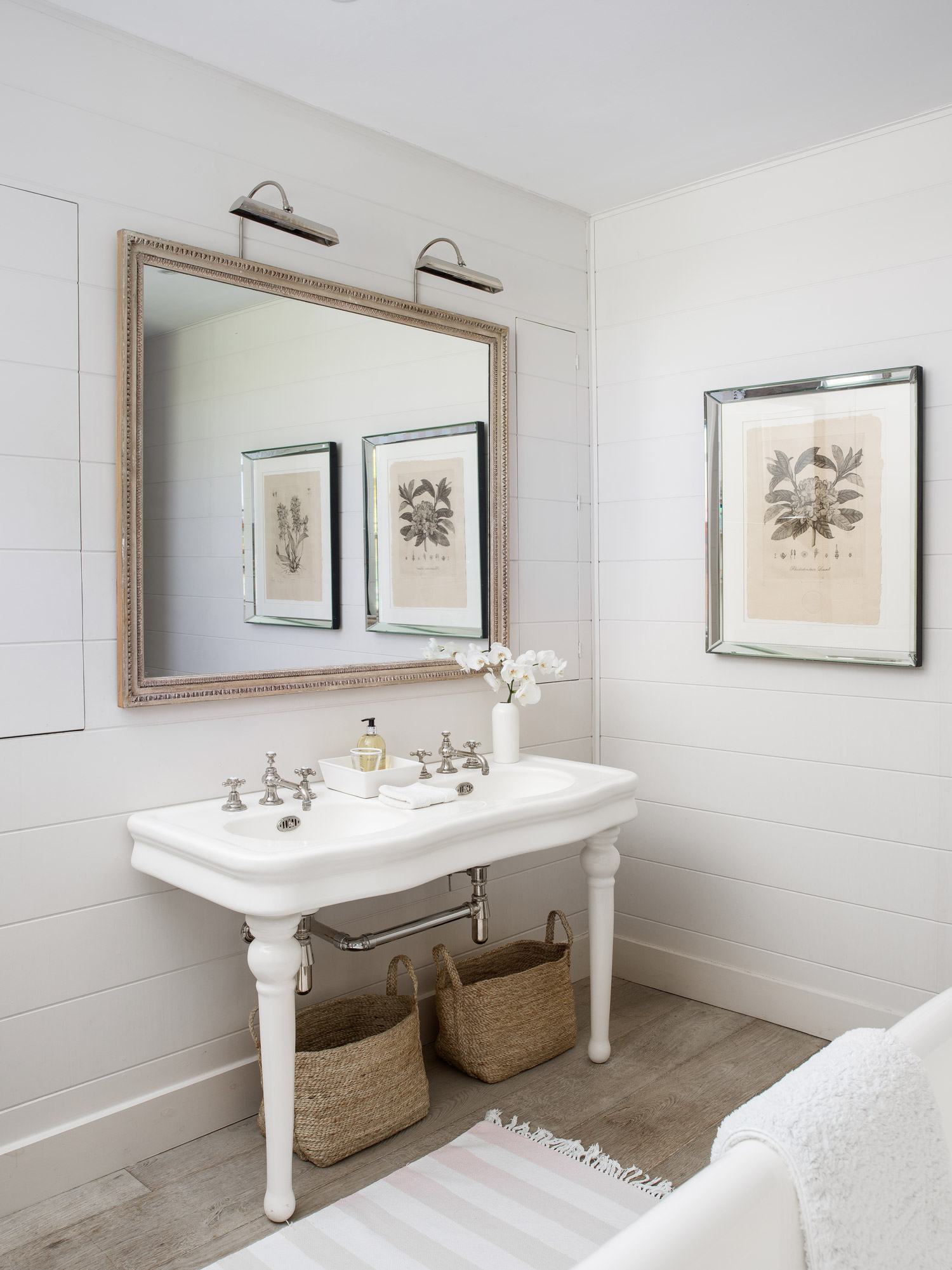 Sink  – interior design by Eadie & Crole