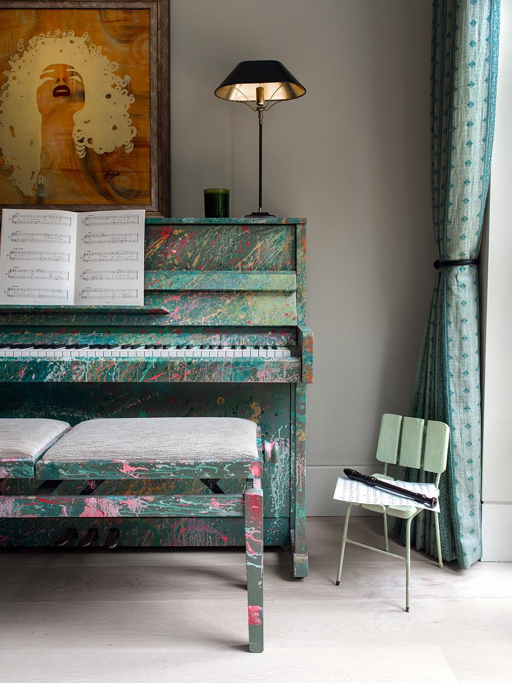 Piano – interior design by Eadie & Crole