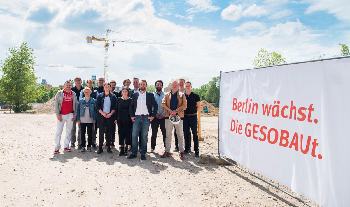 Grundsteinlegung für 388 Wohnungen im Märkischen Viertel, Berlin-Reinickendorf