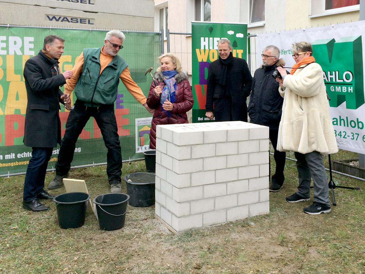Grundsteinlegung genossenschaftlicher Wohnungsneubau Friedlander Straße