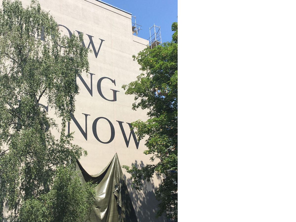 Enthüllung des Wandgemäldes »HOW LONG IS NOW«