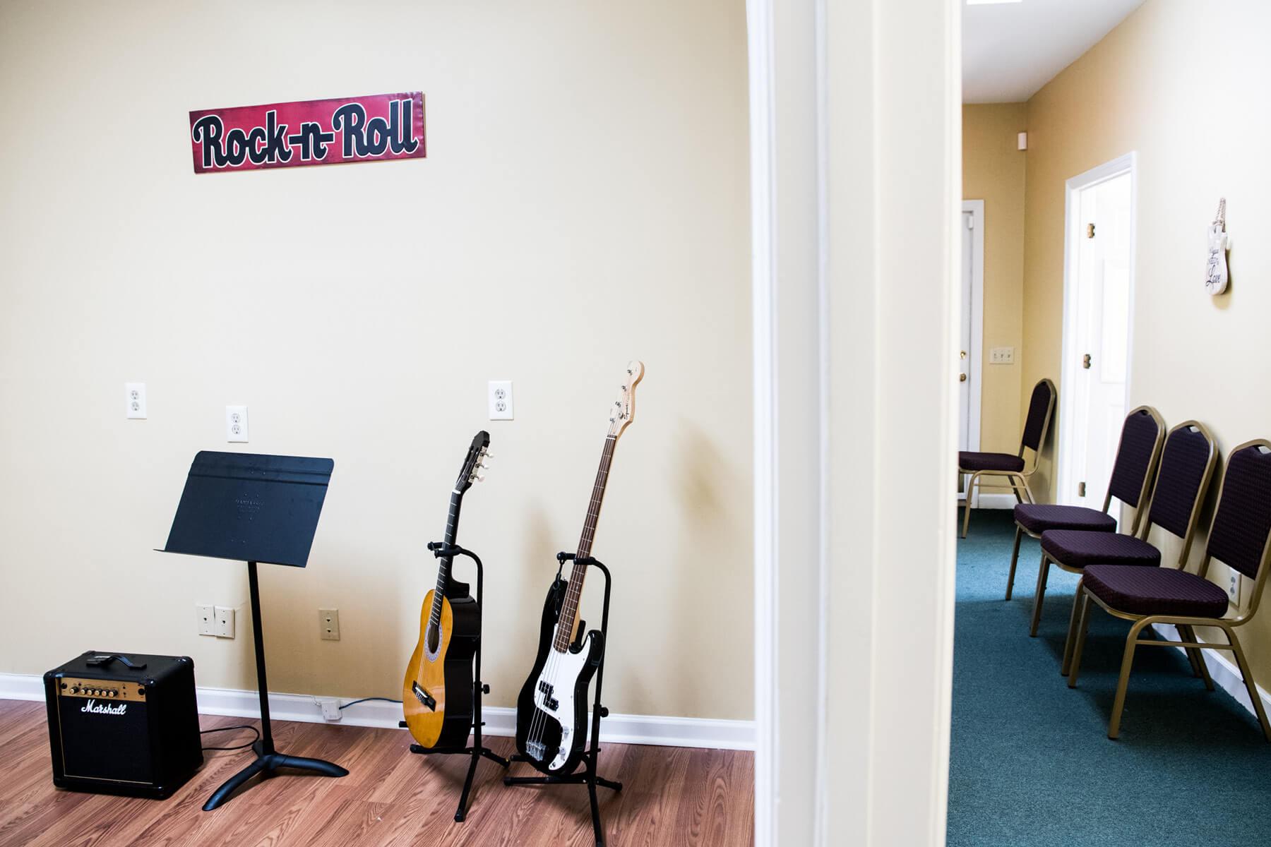 Irmo Music Academy Guitar lesson room.