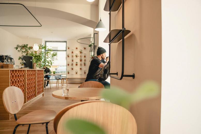 10 + 1 nejlepších kaváren na práci v Praze (2019) 1
