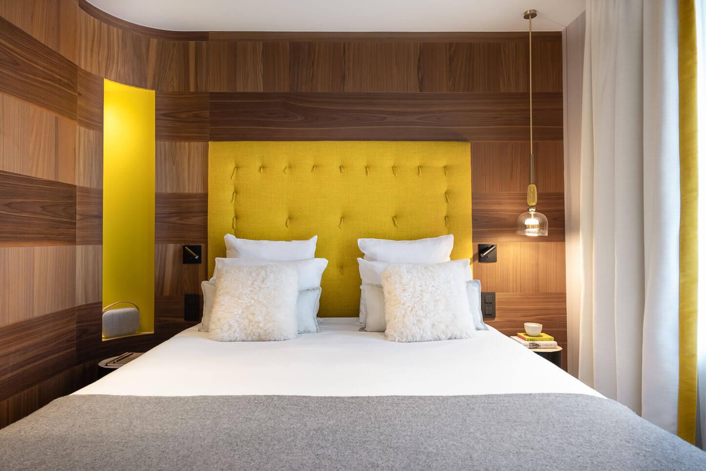Chambre comfort - tête de lit couleur anis