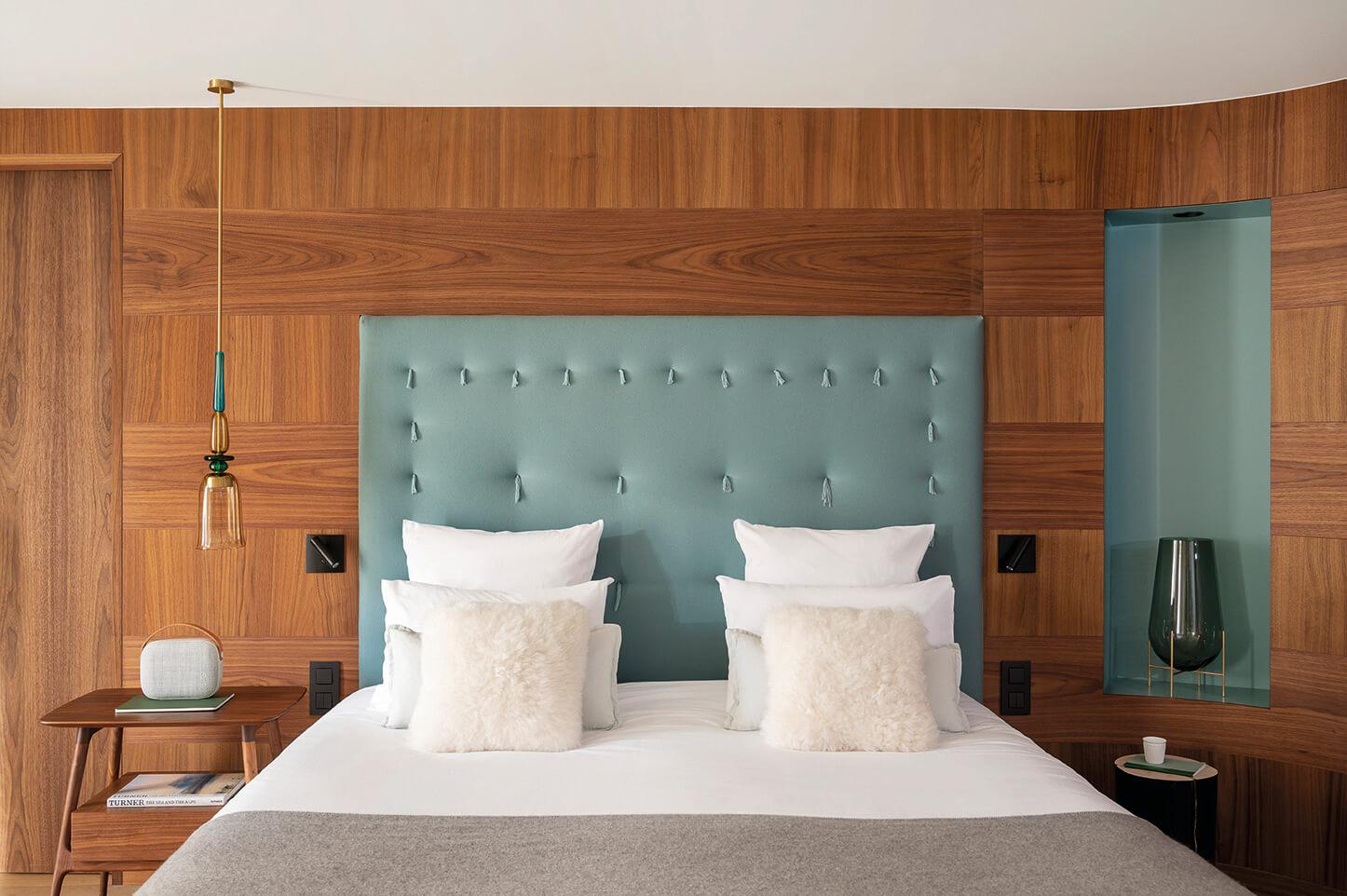 Suite - lit avec tête de lit azur