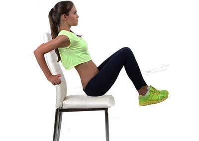 Captain's Chair - bài tập nâng chân với ghế