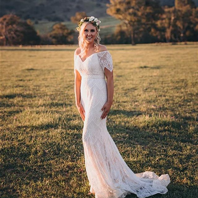Smik Rouse Hill bride in beautiful wedding dress