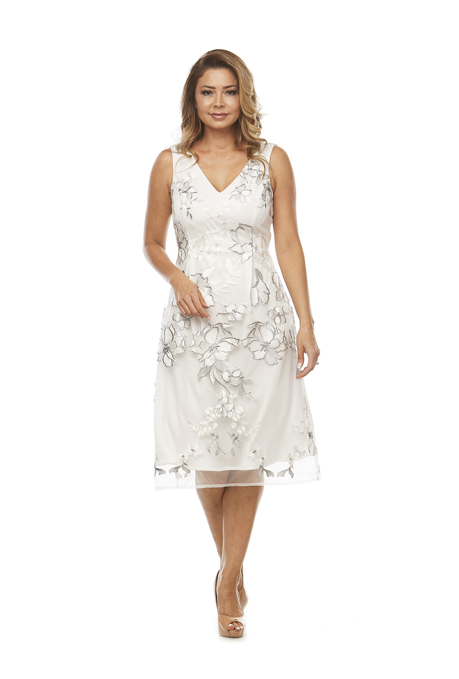 V neckline beautiful embroidered lace dress