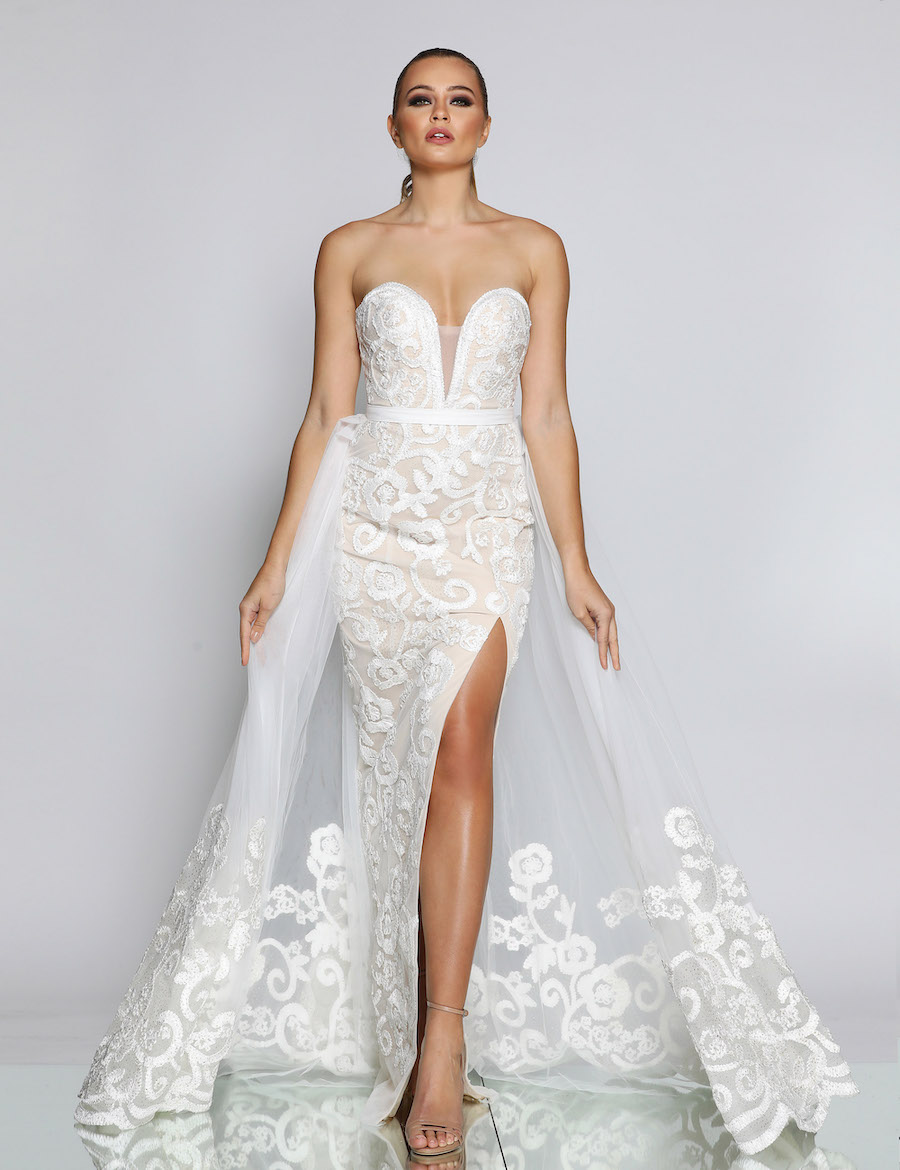 Strapless Embroidered fitted gown with high split, available with tule overlay