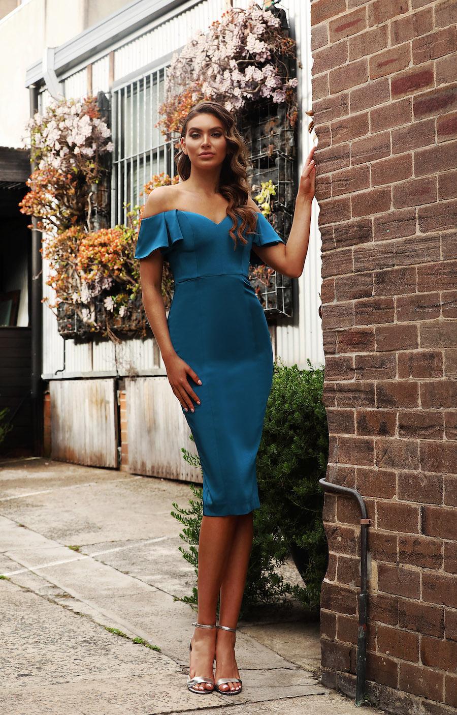 Sweetheart neckline off the shoulder elegant dress
