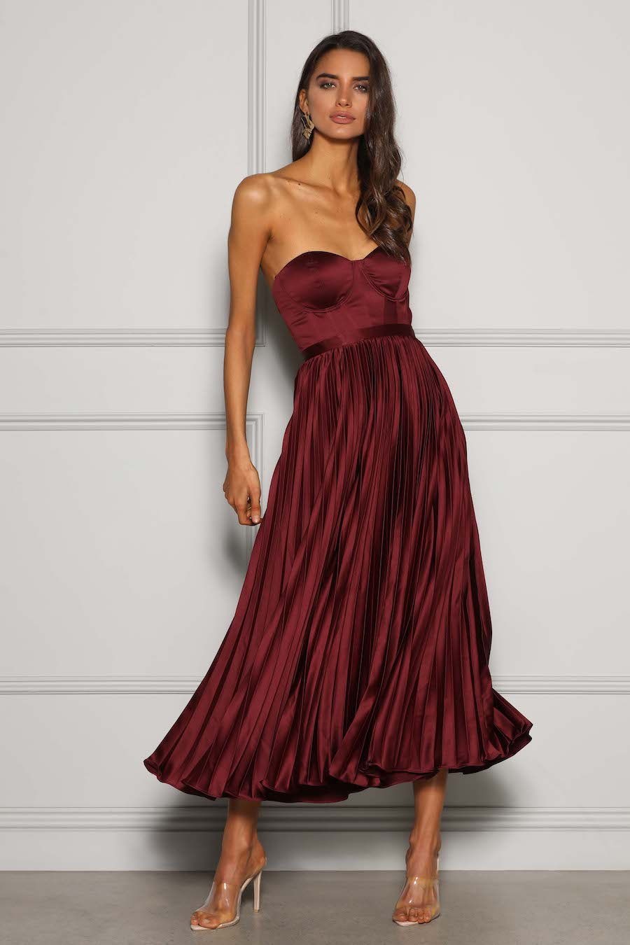 Strapless satin bodice with pleated skirt