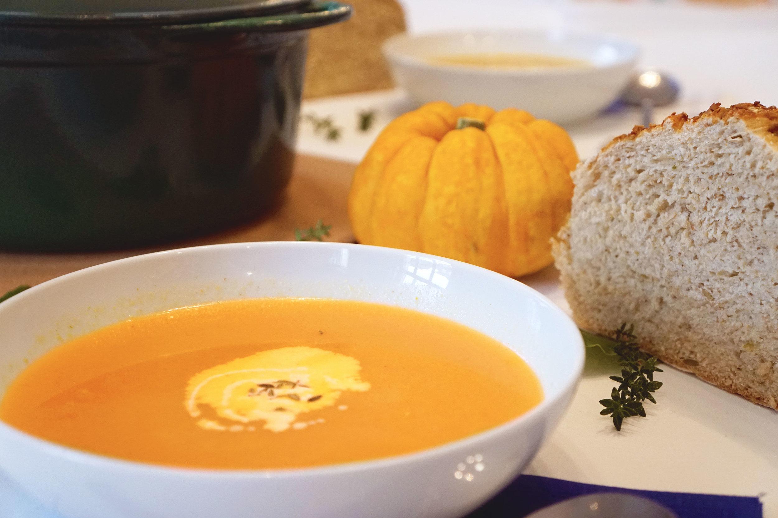 discover-deal-autumn-pumpkin-recipe-soup-2.jpg