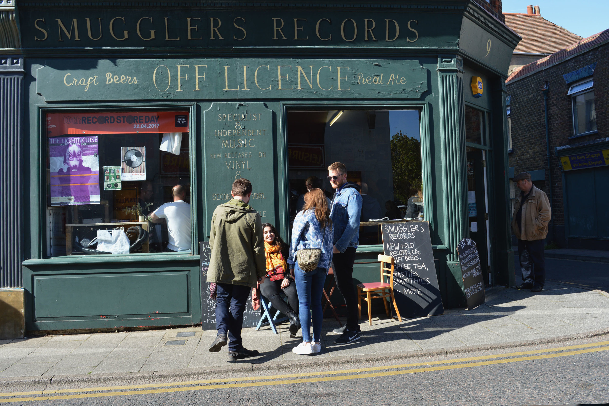 Smugglers-Records-Discover-Deal.jpg