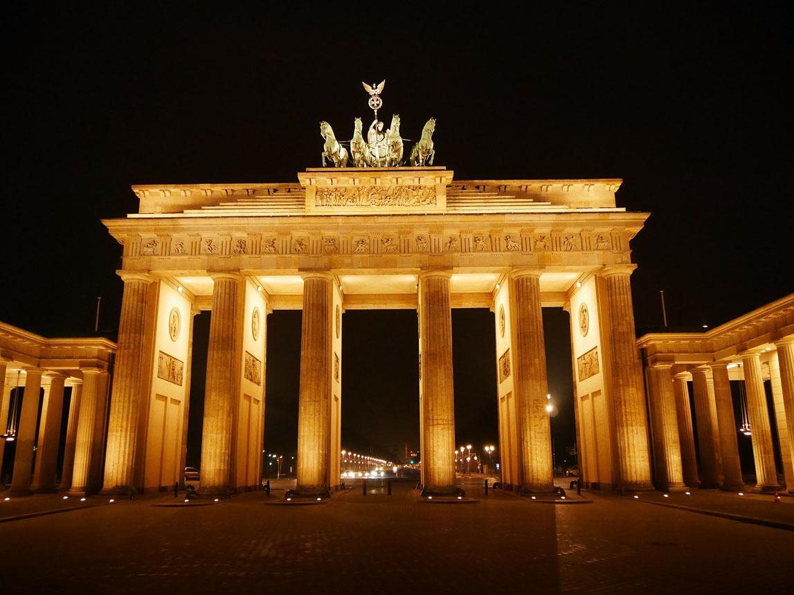 Trip Concierge Scenic View of Brandenburg Gate Berlin Germany