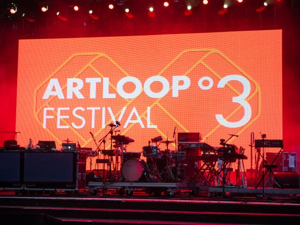 Poster design - Artloop Festival 2016 by Uniforma