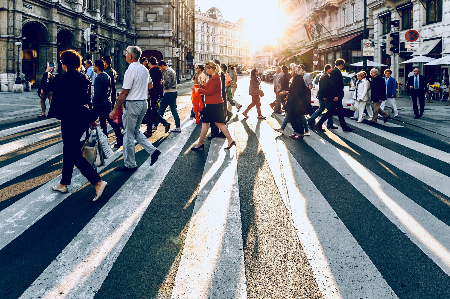 7 Experts Discuss How Long-Term Marketing Benefits Brands
