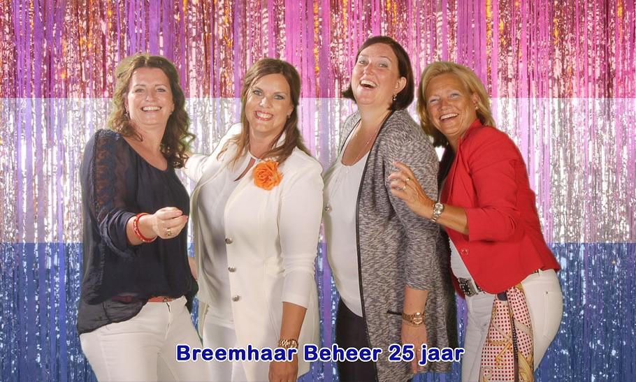 Funpix green screen fotostudio met typische Hollandse taferelen tijdens het bedrijfsfeest van Breenhaar beheer.