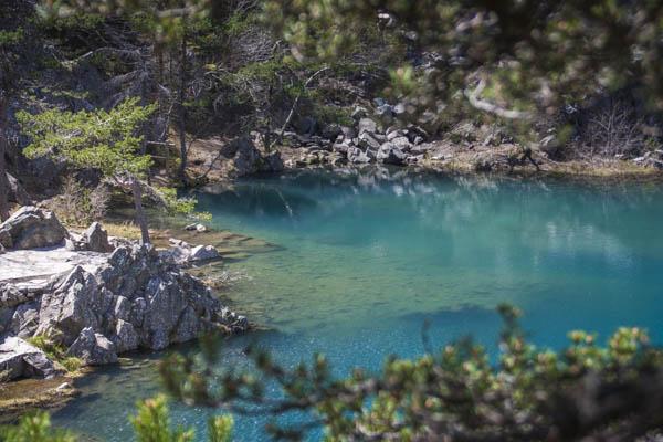 la couleur du lac est vraiment etonnante