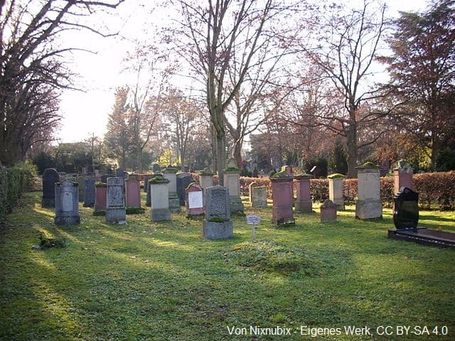 Grabstein in Mainz Friedhof