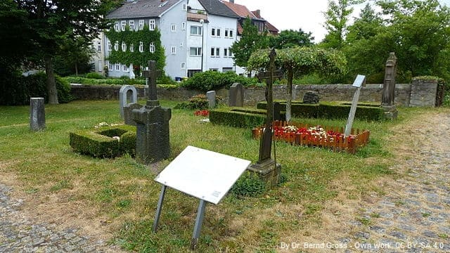 Grabsteine in Fulda Friedhof
