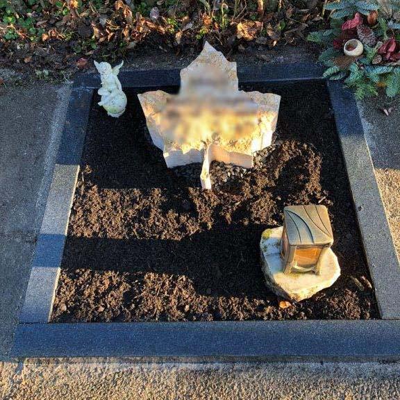 schönster Urnengrabstein vom Steinmetz