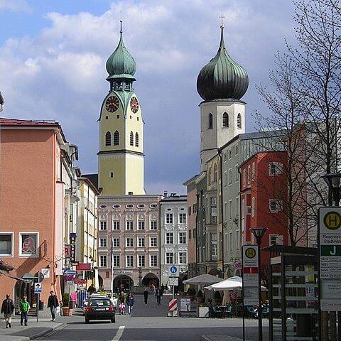 Blick auf Max-Josefs-Platz Roseneheim