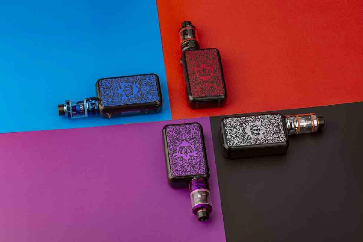 sigarette elettroniche colorate in primo piano