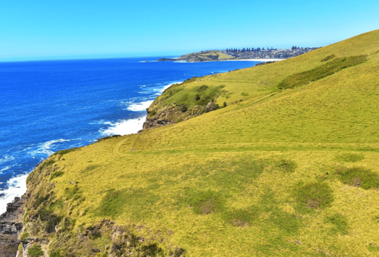 Trail running Kiama Coastal Path
