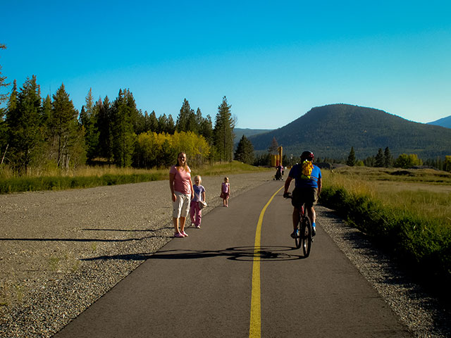Family on the North Star Rails to Trails