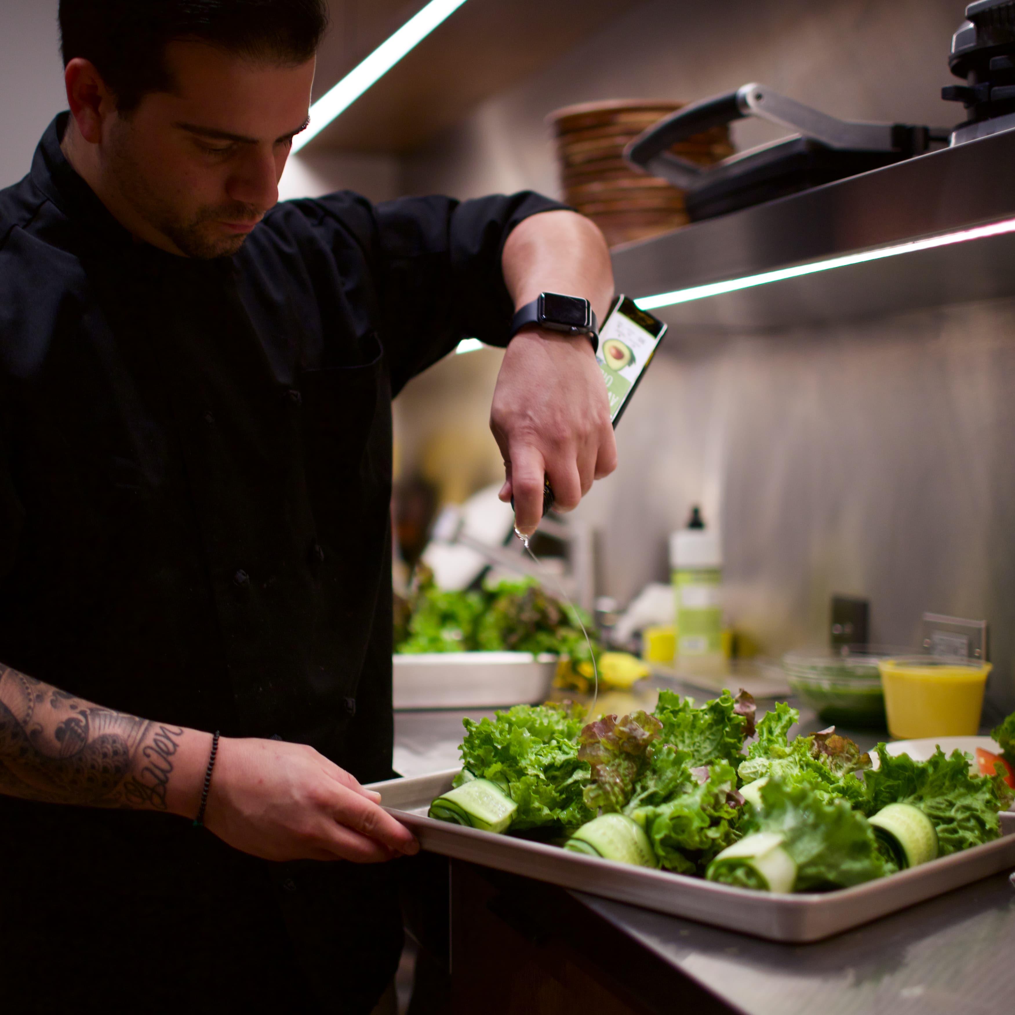 Dressing Salads
