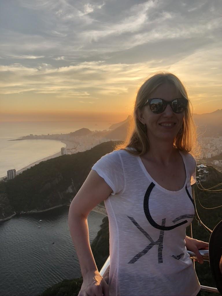 photo of larissa at the sunset