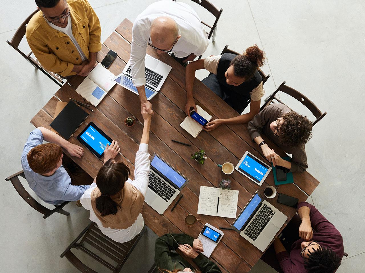 teamwork-brainstorming-concept