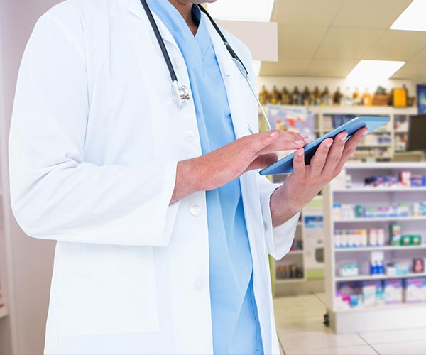 doctor-using-a-tablet