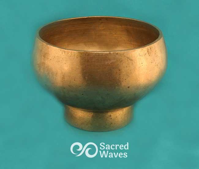 """7"""" Pedestal Bowl"""