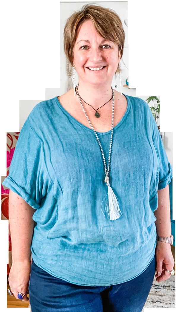 Hayley Lowe Psychic Medium & Healer