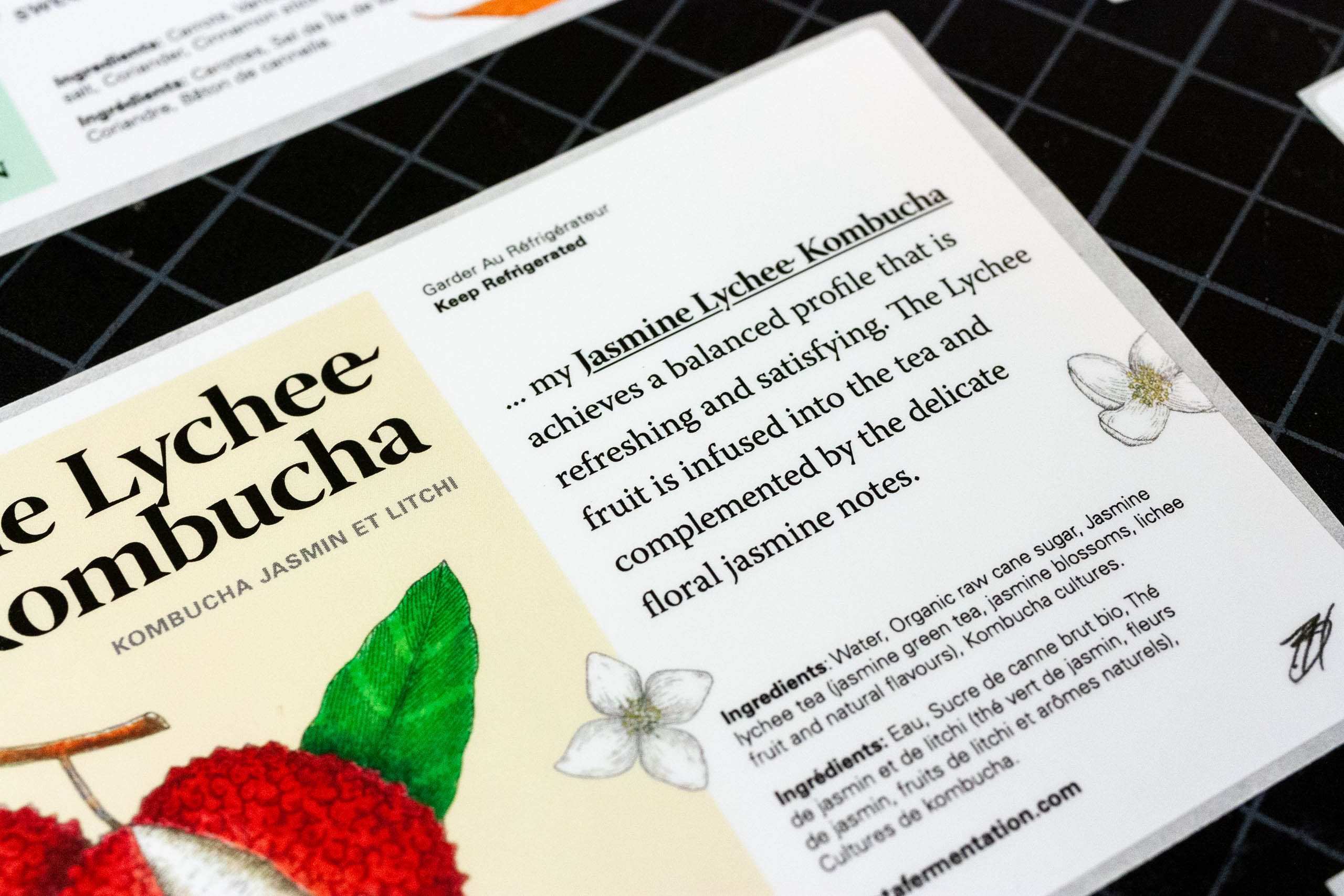 Close of the Jamine Lychee Kombucha product write up on the label.