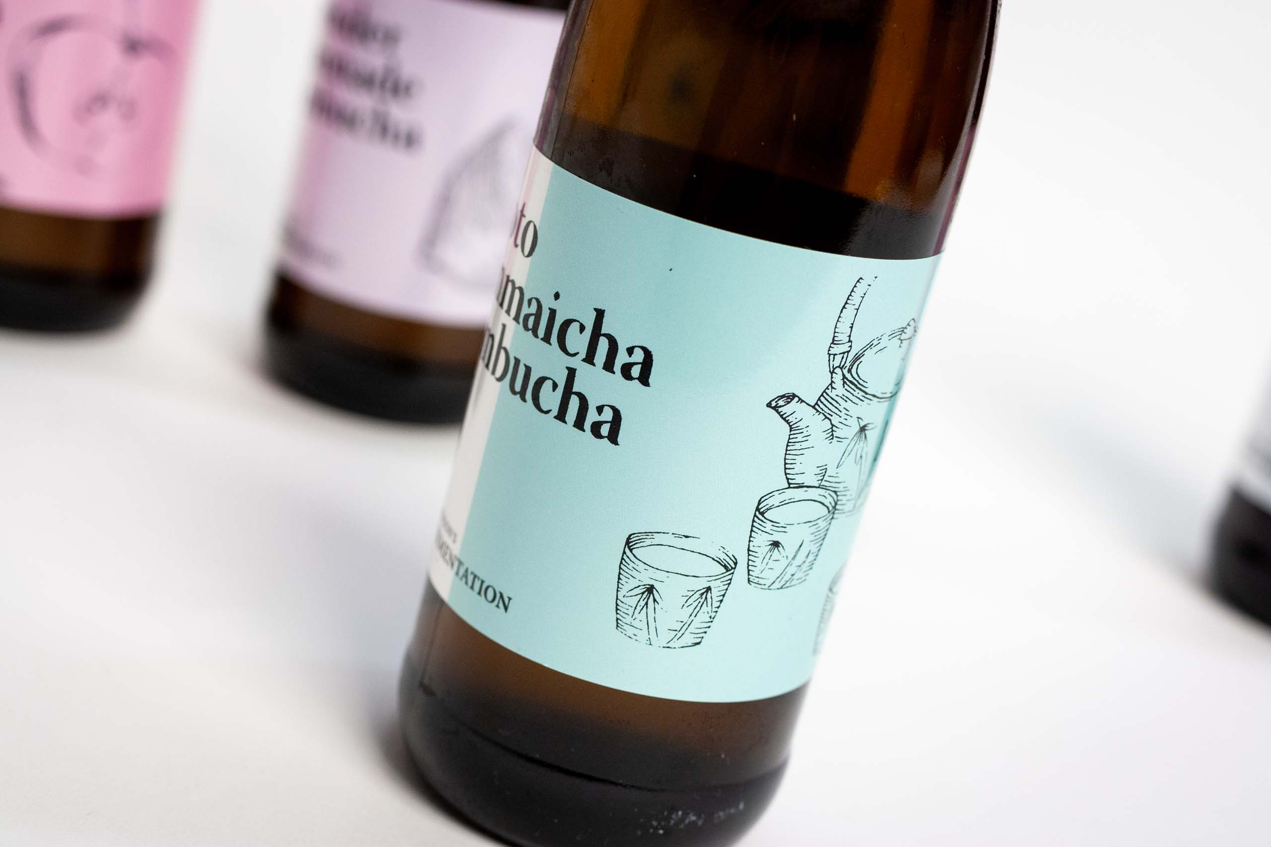 Kyoto Genmaicha Kombucha Label up close — by Yagnyukl