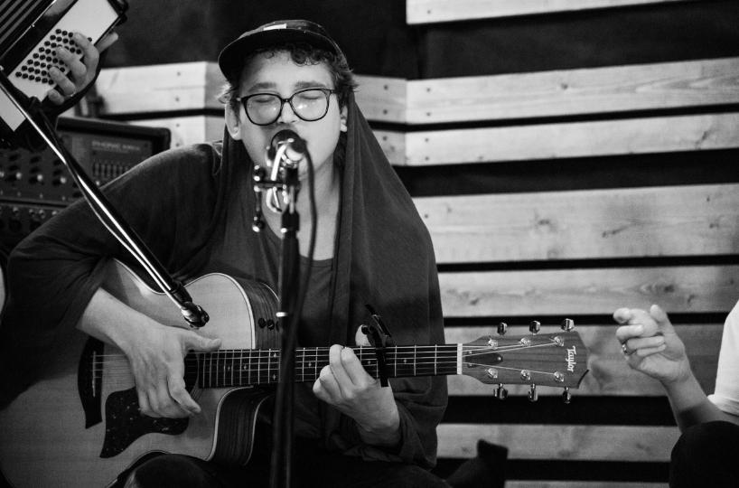 """Live Session: Karakou – """"Golvet i köket"""""""