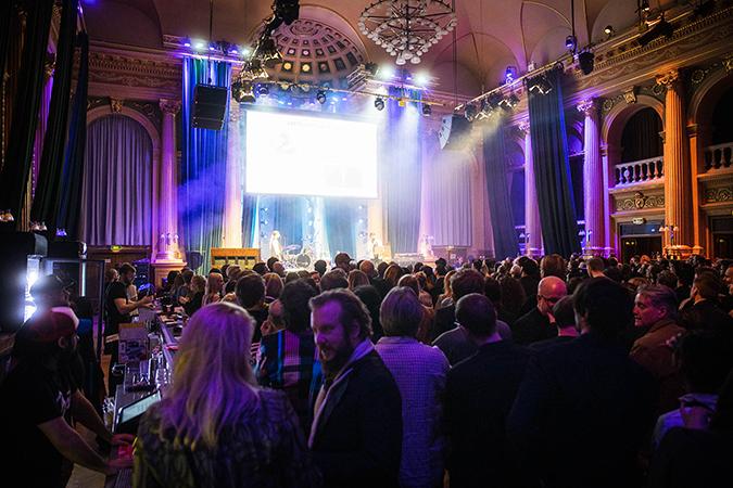 Manifestgalan 2020: Uppfriskande dopp i bred svensk independentflod