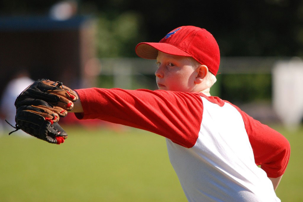 What Parents Should Know About Little League Shoulder Injuries