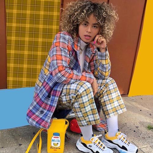 Nederlandse fashion influencer Celeste van Joost in de influencer DNA top 30 lijst