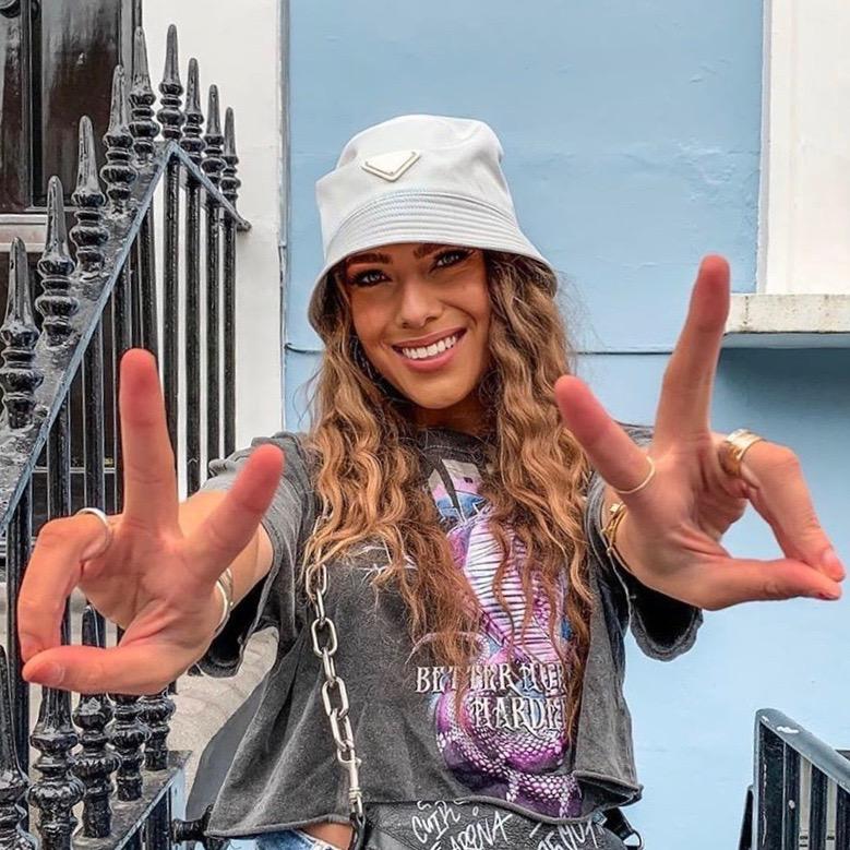 Nederlandse fashion influencer Romy D'Fonseca in de influencer DNA top 30 lijst