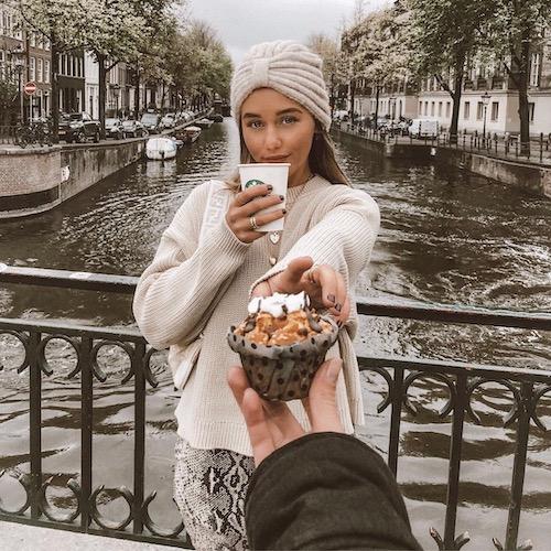 Nederlandse mommy influencer Saar Bliss in de Influencer DNA top 30 lijst